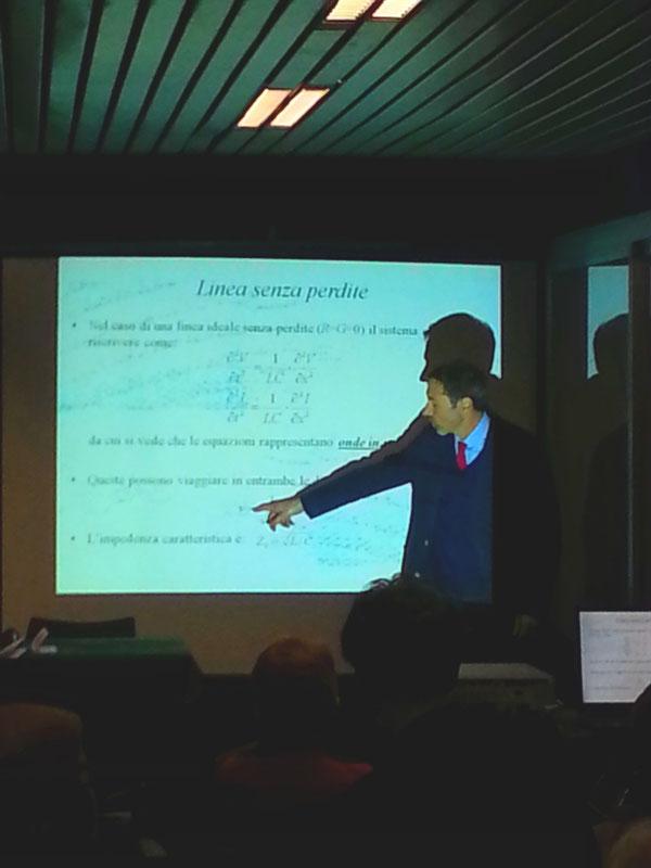 Il Dott. Paolo Emilio Di Nunzio durante il suo intervento sulla telegrafia sottomarina