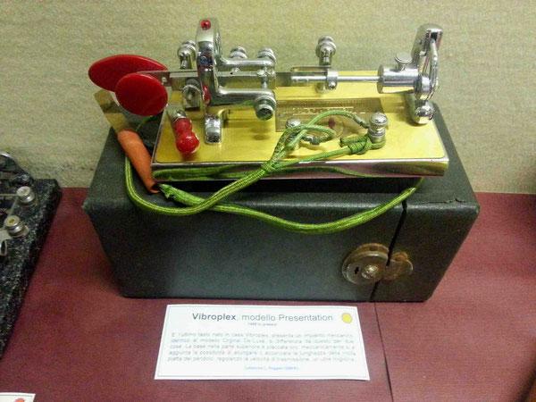 Vibroplex De Luxe, model Presentation.  1948