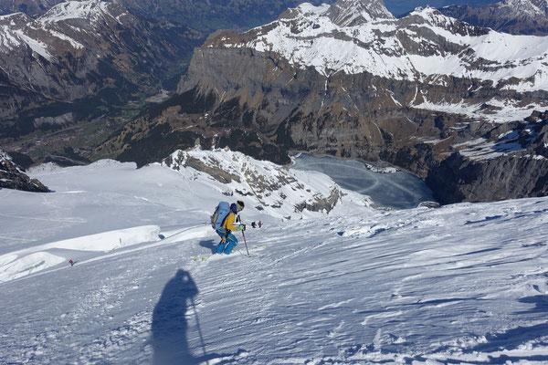 doldenhorn, Skitour, Skihochtour, Kandersteg, Tagestour, Abfahrt, Abrutschen. Spalten
