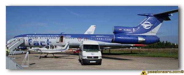 TU-154M - IL103 et la station mobile