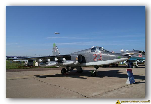 Sukhoï SU-25