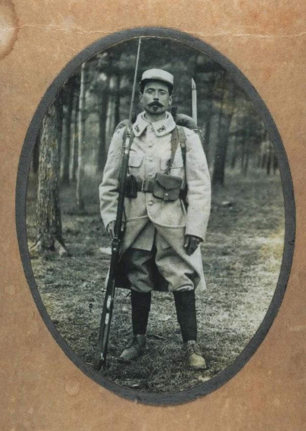 François BEAULIEU né le 27 mars 1886 à Saint-Georges-de-Chesné, tué le 28 février 1916 à la ferme des Wacques près de Souain, 355ème RI de Vitré.