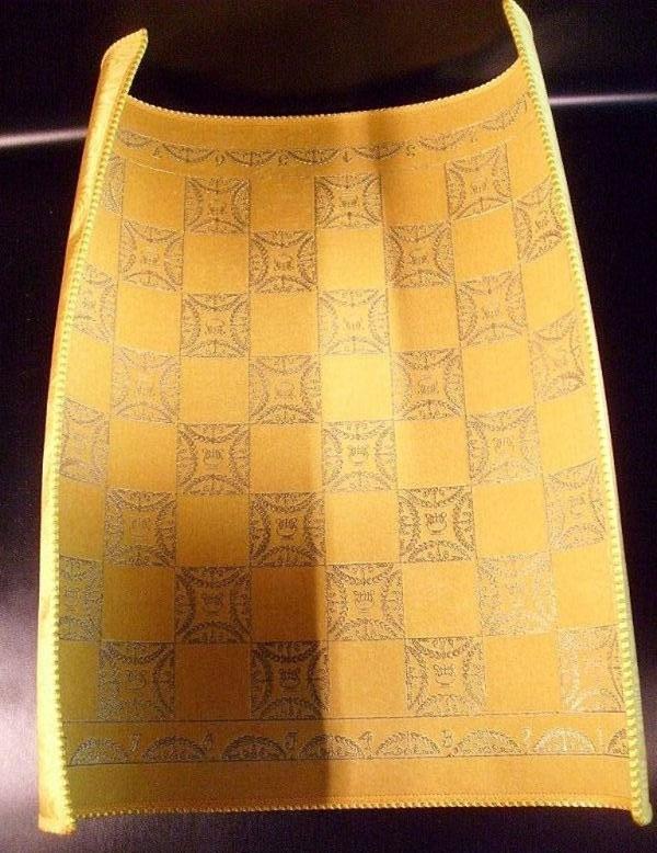 Checkerboard of fine cloth