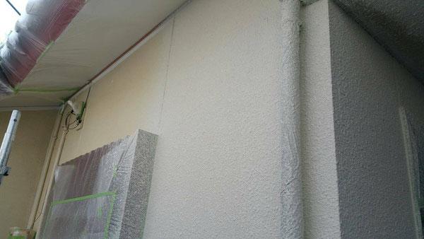 養老町、大垣市、平田町、南濃町、海津町、上石津町、輪之内町で外壁塗装工事中の外壁塗装工事専門店。養老町船附で外壁塗装工事/中吹き作業中