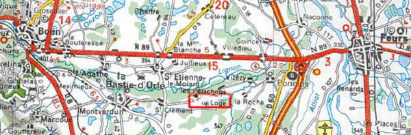 Le Domaine de La Loge est situé dans le haut d'un triangle Montverdun / Poncins / Montbrison