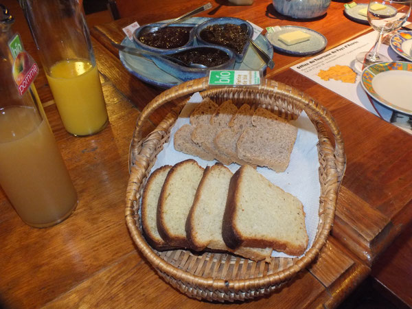 Un copieux petit déjeuner bio, copieux et énergétique pour bien démarrer la journée