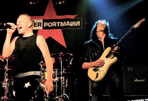 Andy Portmann (Vox), Danny Zimmermann (Drums), Mandy Meyer (Git.) Nicht im Bild: Beat Schaub (Bass)
