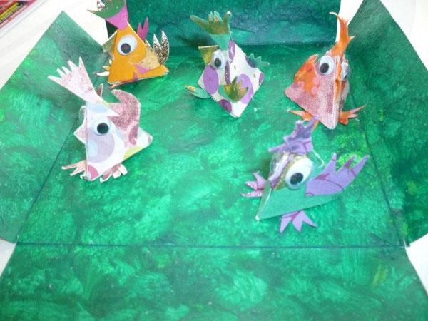 poulettes de Catimodo en train de batifoler dans leur pré privé!