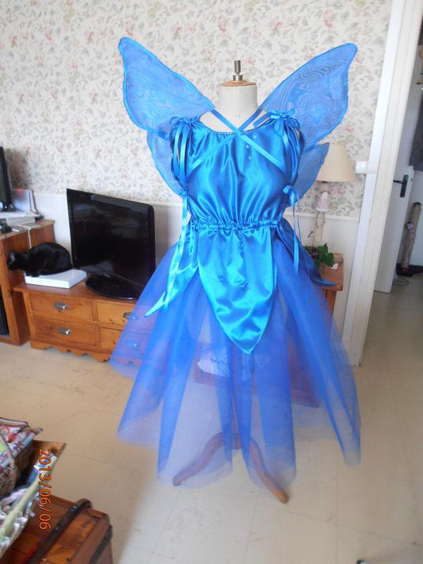 Robe de la fée bleue, avec les ailes....