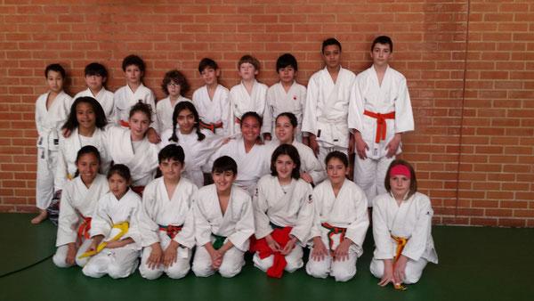 Foto de grupo  del Judo Club San Ignacio,Colegio Angel Ganivet y Colegio Padre Orbiso.