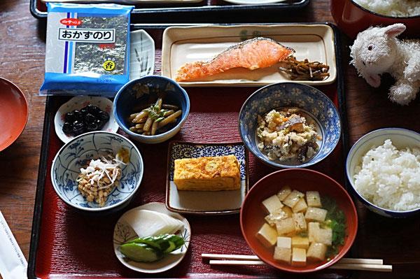 仲本律子 R工房 女性陶芸家 ブログ 小滝鉱泉 朝食