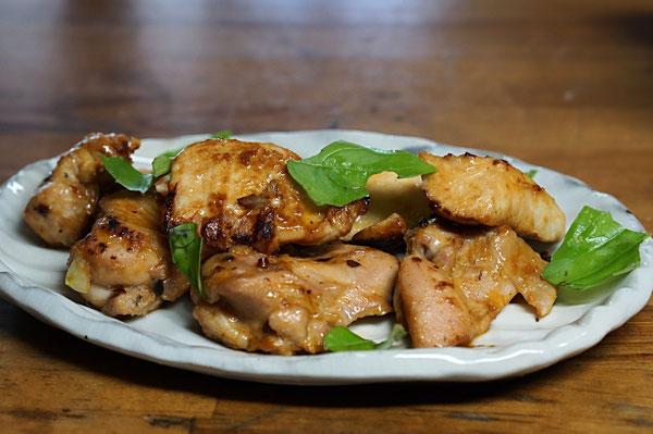 仲本律子 R工房 女性陶芸家 土鍋 ブログ 土鍋プレート トリもも肉ニンニク醤油焼き