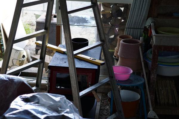 陶芸家 ブログ 茨城県笠間市 陶器 ストーブ MOKI製作所 MD-80Ⅲ 暖かい工房 ストーブ設置