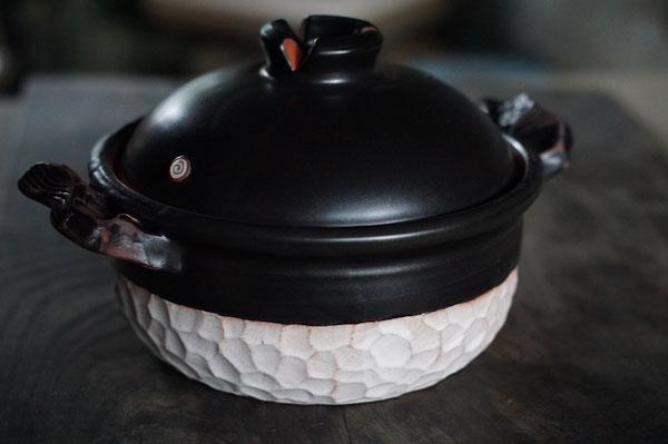 土鍋 陶芸 土鍋料理 デザイン 作家の土鍋 女性陶芸家 美味しい料理 遠赤外線