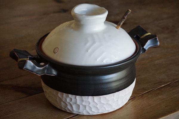 陶芸家 女性陶芸家 土鍋 デザイン 土鍋料理 炊飯土鍋 美味しいご飯 遠赤外線