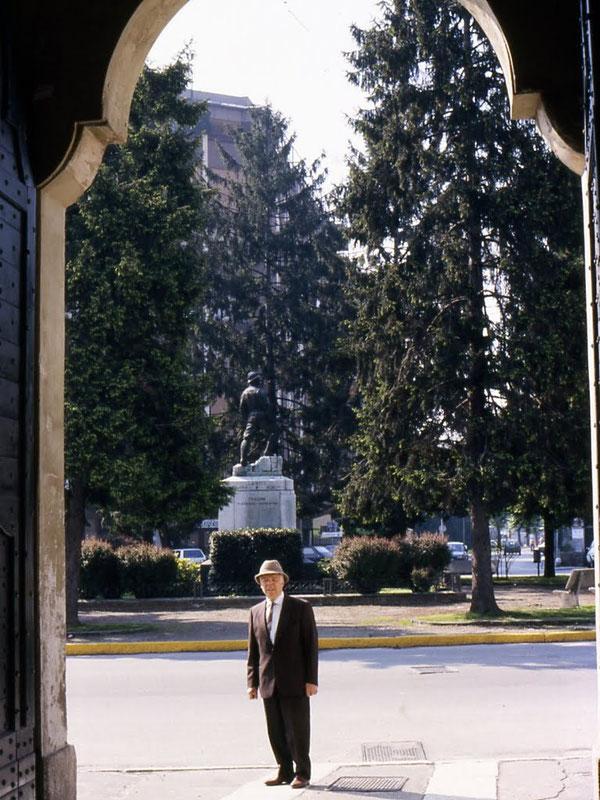 La splendida piazza V. Emanuele, prima dell'arrivo dei ''DEVASTATORI'' (1982)