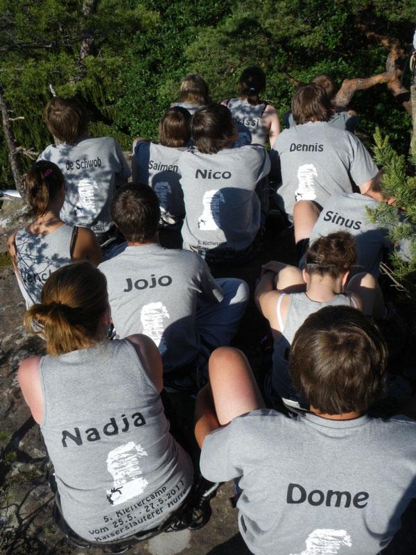 Die T-Shirts mit den Namen der Campteilnehmer und unserem Logo waren dieses Jahr besonders schön ausgefallen. Das hatten wir auch dieses Jahr wieder Nadja Hopfinger (Klasse 10b) zu verdanken!