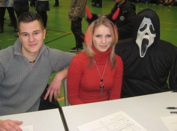 Jeremy Zenner (10b), Saskia Ruf (10b), Herr Rieder