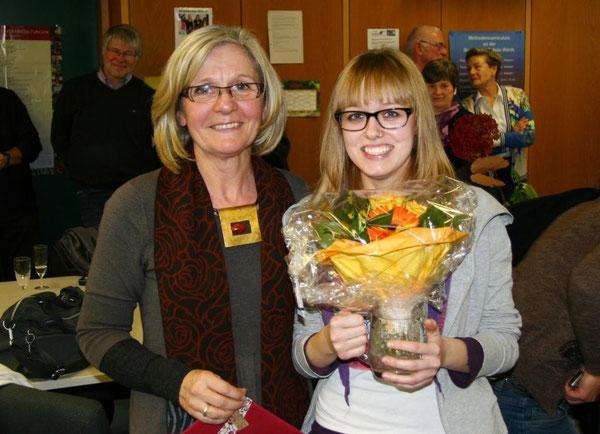 Unsere Konrektorin Frau Ulm zusammen mit Frau Eberle