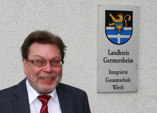Herr König - Schulleiter der IGS Wörth