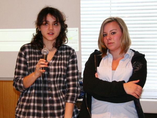 Jessica und Yvonne begrüßten die Zuschauer seitens der Filmcrew