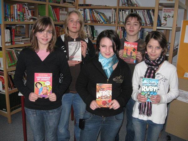 Die Klassensieger auf einen Blick: Alisa Knöchel (6a), Maximilian Koch (6b), Sarah Dudenhöffer (6c), Alessio Kober (6d) und Vanessa Tadic (6e)