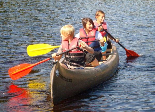 Die Schülerinnen und Schüler hatten offensichtlich viel Spaß auf dem Wasser