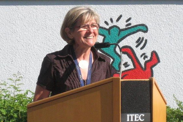 Konrektorin Rita Ulm bei ihrer Begrüßungsansprache
