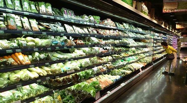 タイのスーパーは急速に清潔で品ぞろえがよくなっております。