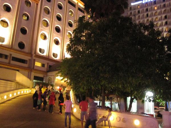 グレースホテル