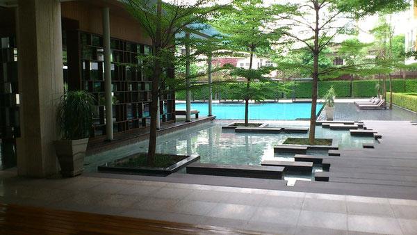 Ficus Lane Condominiumのプール