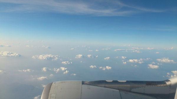 飛行機の中からの景色