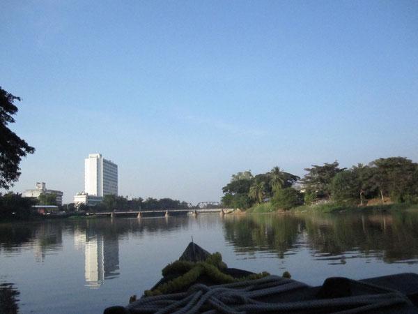 ピン川からの風景