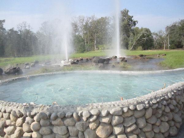 サンカムペーン 温泉