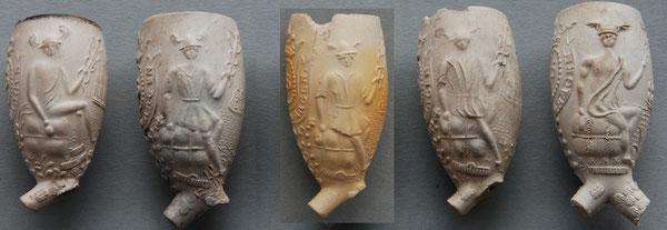 Verschillende varianten met zittende goden en gekroonde ES. De twee pijpen links hebben '* Goedewaagen'  in het tekstlint, de 3 modellen rechts 'P. Goedewaagen'. Let op met name kleding verschillen