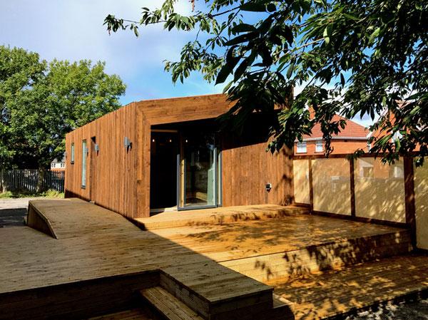 1. Mobile TINY-HOUSE mit STROHBALLEN &  LERHMPUZT WÄNDEN