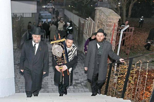 Der Einzug der Thora in die Speyerer Synagoge fand kaum Beachtung.
