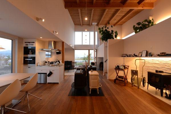 ヤマショー 薪ストーブショールーム 安曇野市 建築家 建築設計事務所 店舗設計 現場監理