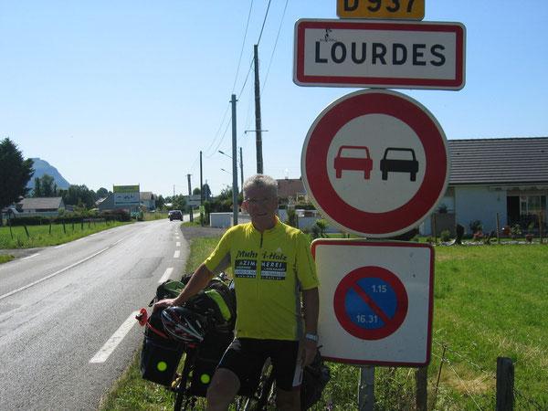 Nach 13 Etappen und genau 1908 km hatten wir am 2. Juli 2011 Lourdes erreicht.(Foto-Privat-Archiv)