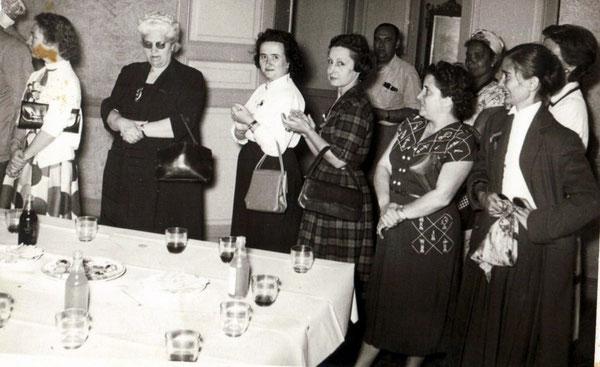 Mme ANDREU, à sa gauche Mme Paulette DUBIEF, au fond Mr MONTOYA Vincent