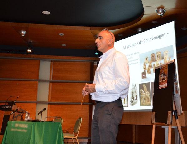 Jean-Louis Cazaux et sa conférence sur l'Histoire du jeu d'échecs