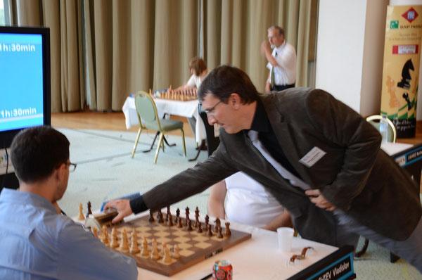L'arbitre du National, Emmanuel Variniac