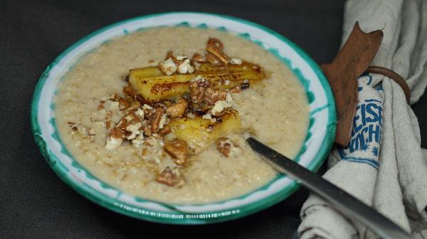 Porridge mit Kürbis-Mus & karamellisierten Äpfeln