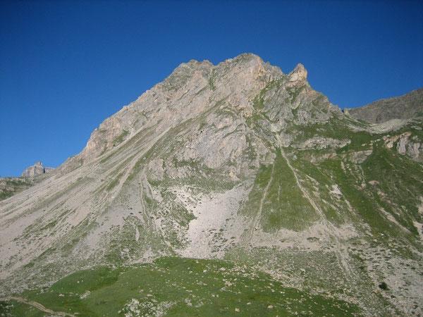 Sur le sentier du Col de la Vallée Etroite
