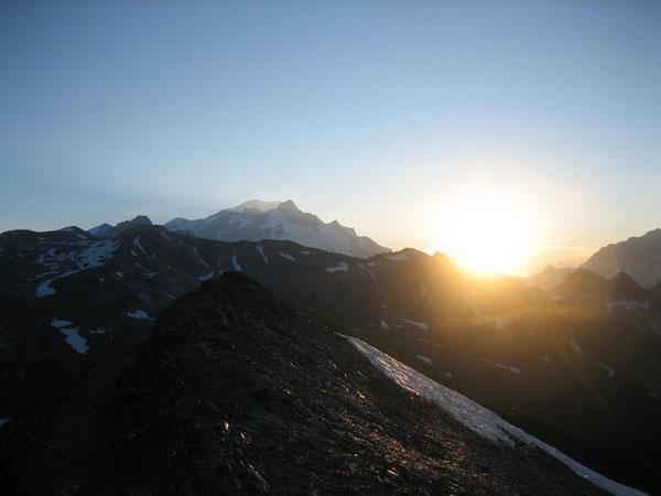 Lever du soleil et Mont-Blanc