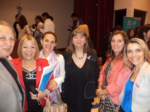 Con Celia Blanco, en representacion de la comunidad Tango de Argentina, Formadoras de los talleres de Argentina y Colombia y la representante de UNESCO Montevideo