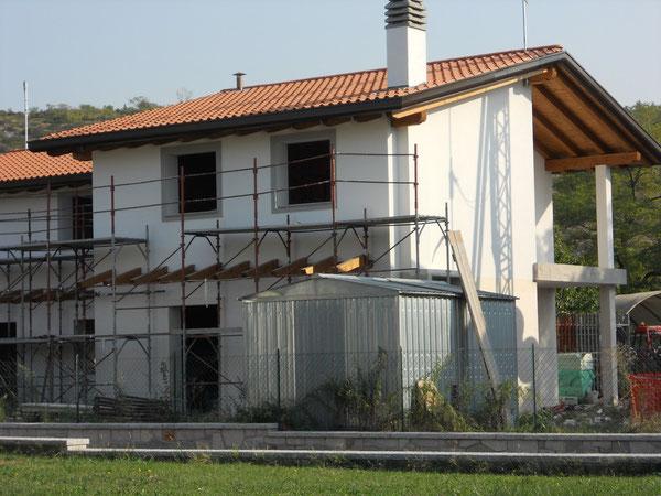 bifamiliare in costruzione