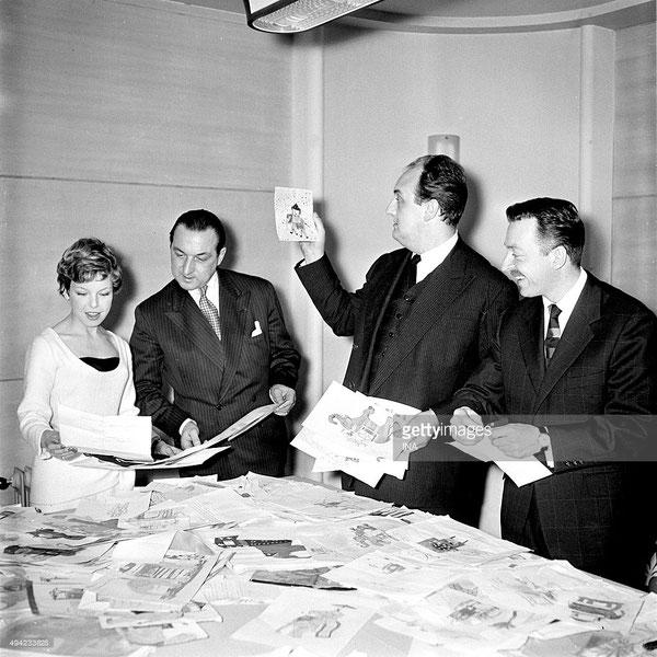 En 1957, Cécile Aubry montre ses dessins pour enfants à Paul Mallet, Pierre Tchernia (1928-2016, réalisateur, concepteur et animateur d'émissions de télévision) et Pierre Sainderichin (1918-2012, journaliste de presse écrite, radio et télévision).