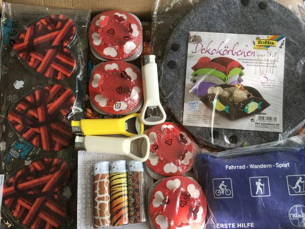 Fuerzeuge, Deko Anhänger, Körbe, Kerzenleuchter und Erste Hilfe Set