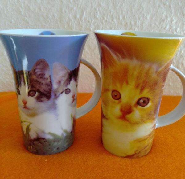 Taffeetassen mit Katzenmotiv